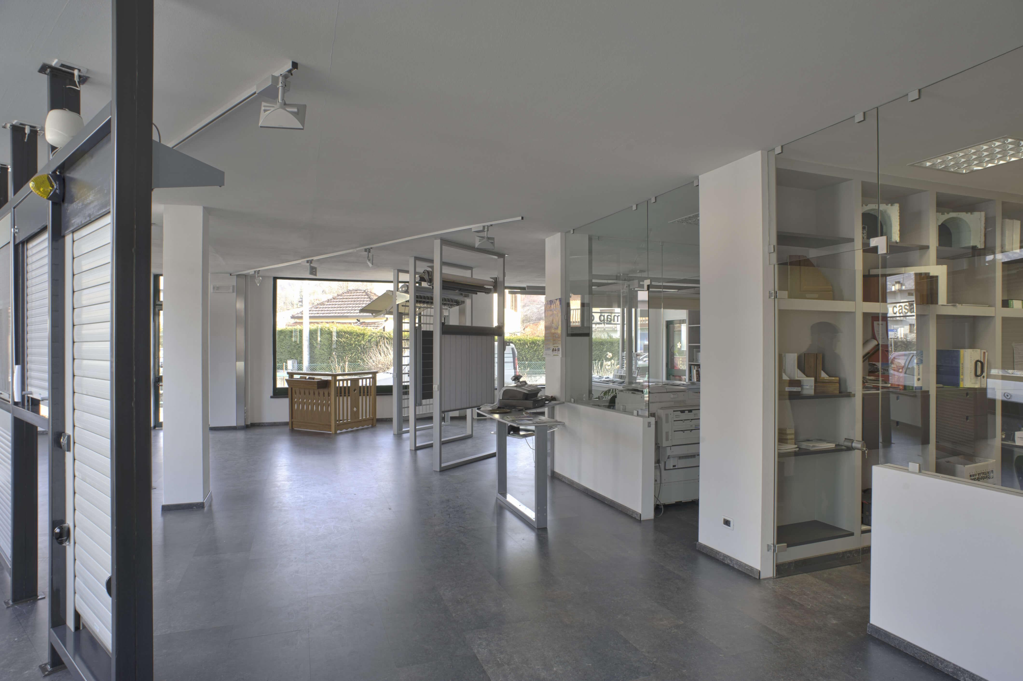 Imap casa srl azienda artigiana dal 1991 tende e for Ricambi tende velux